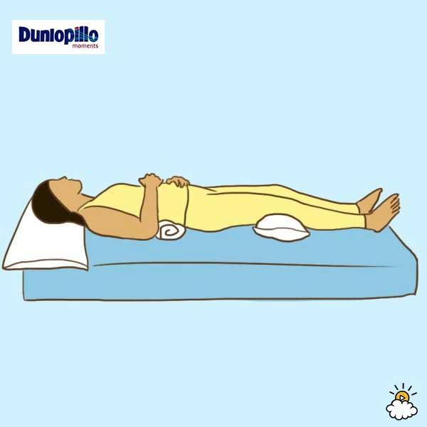 Tư thế nằm ngủ cho người bị đau lưng